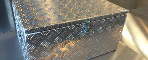 Switch Room Mackay - B & B Hazell Sheet Metal Works